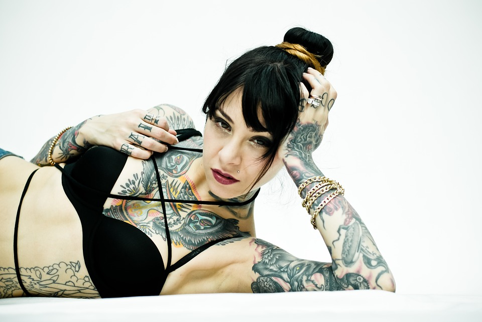 Escort Tatuada en Marbella